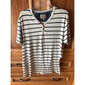 Lucky Brand T-Shirt with cut back